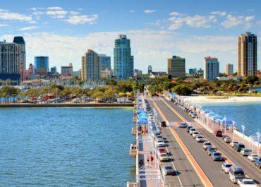 Estudiar Inglés en St Petersburg, Estados Unidos