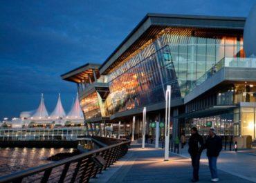 Estudia y trabaja en Vancouver, Canadá