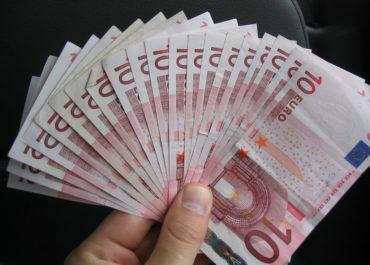 Irlanda anuncia aumento de Salario Mínimo
